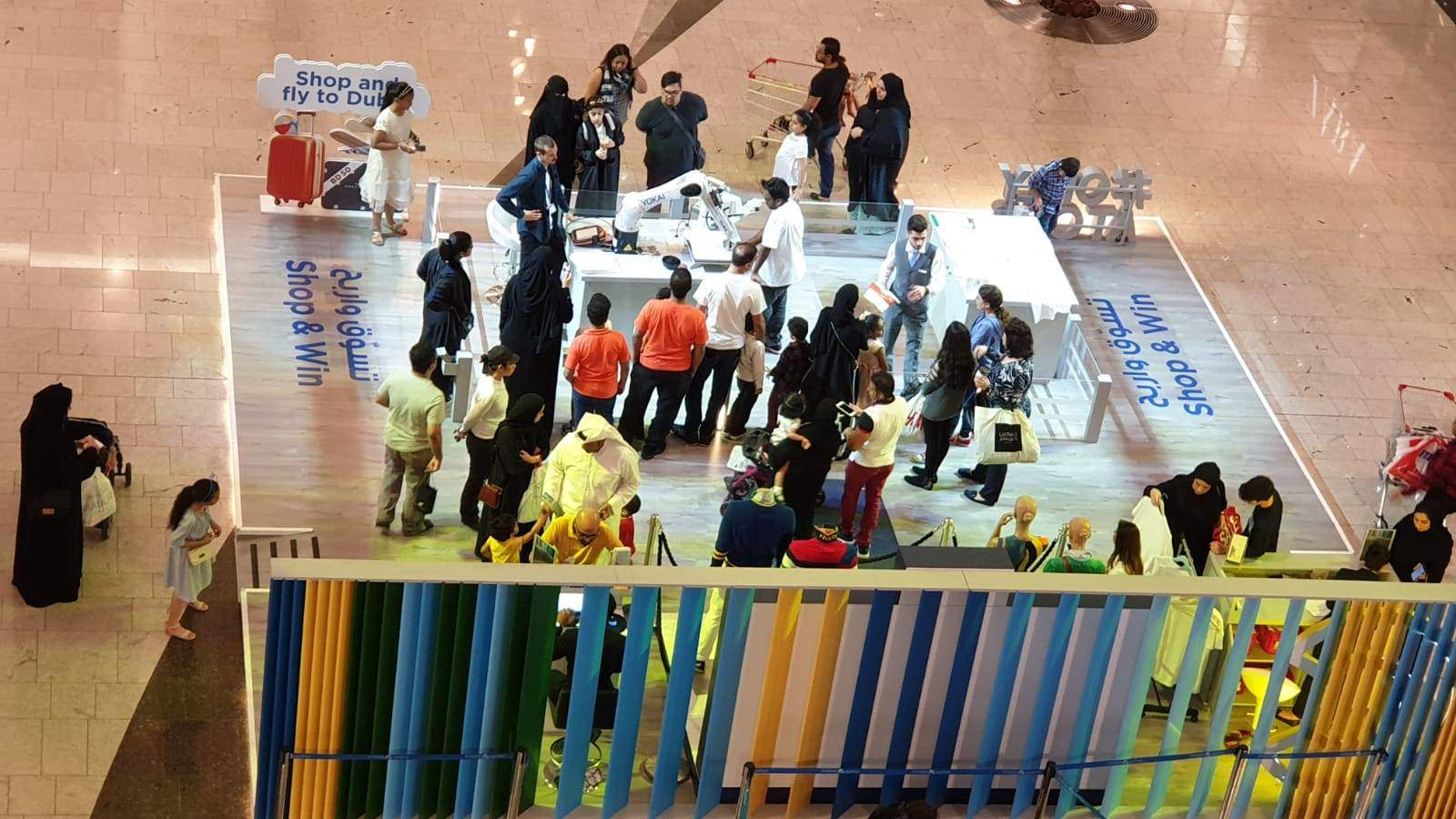 TECHNACY BRINGS AN INDUSTRIAL ROBOT TO BAHRAIN CITY CENTRE